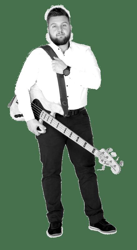 Kristian bas gitara/vokal